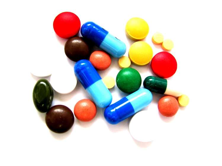photo of various pills of different shapes and sizes